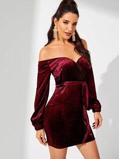 Form Fitting Sweetheart Velvet Bardot Dress