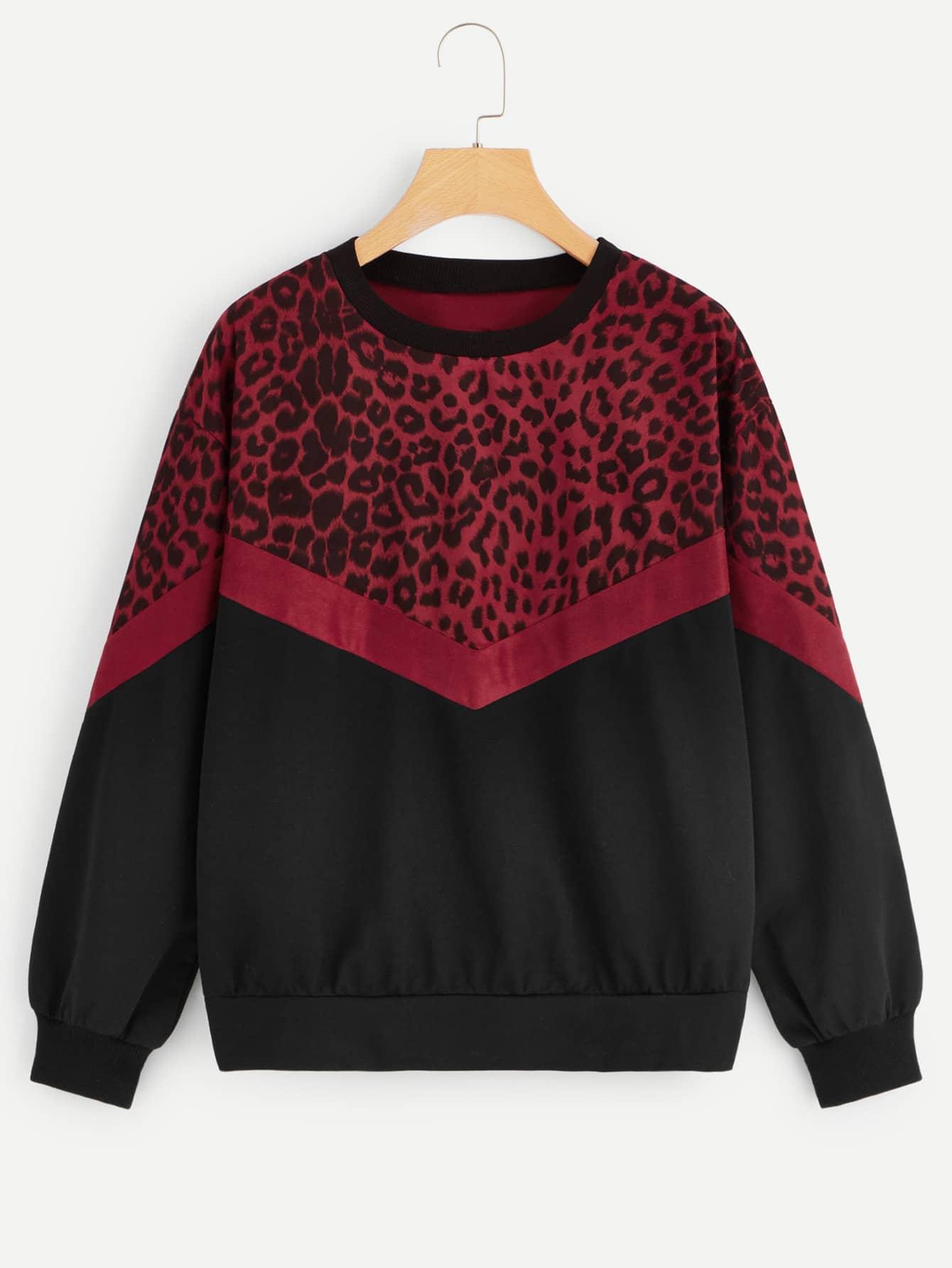Свитшот с леопардовым принтом и заниженной линией плеч SheIn