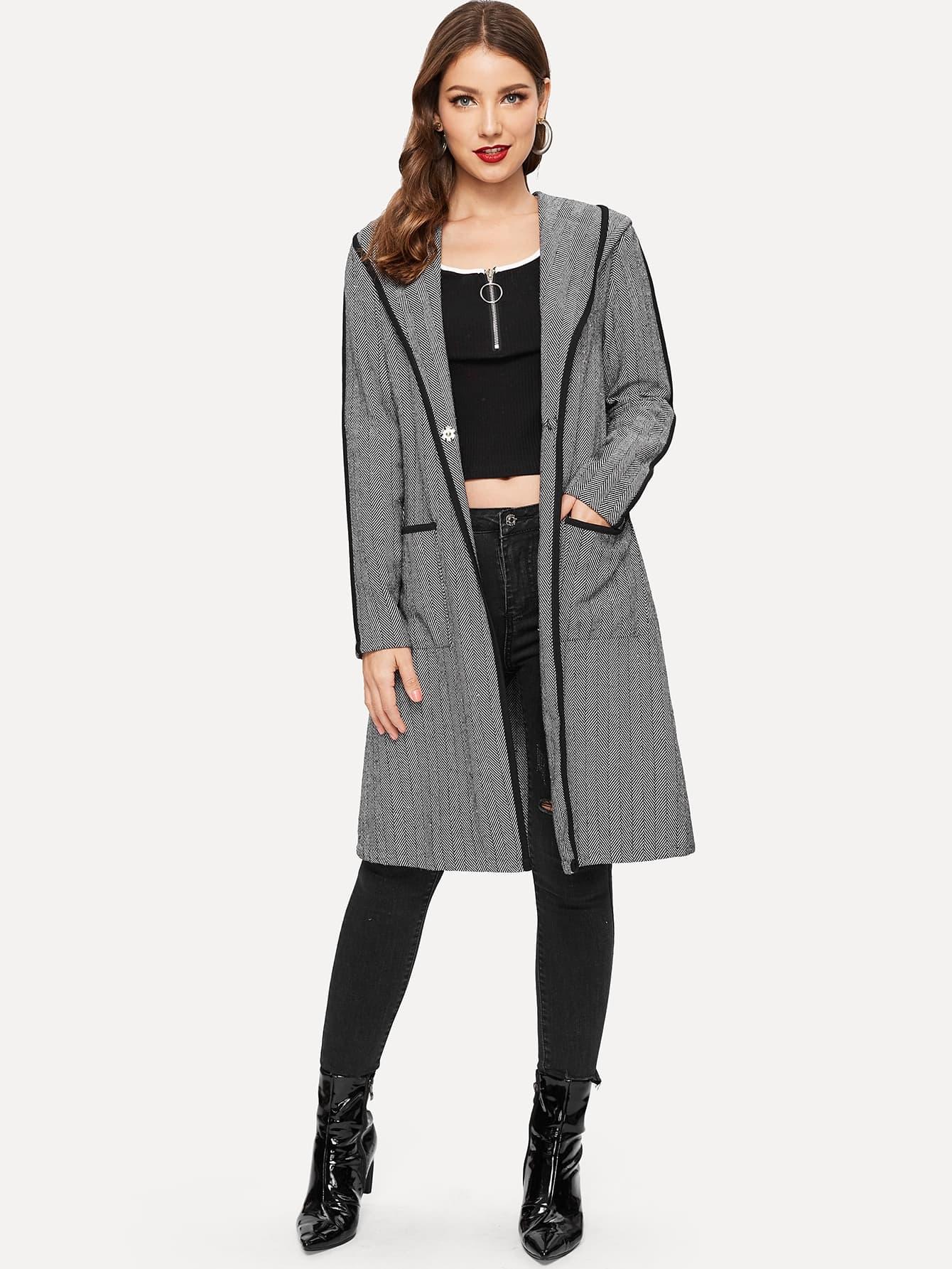Купить Пальто с капюшоном и накладными карманами, Debi Cruz, SheIn
