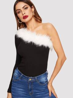 One Shoulder Faux Fur Detail Rib-knit Tee