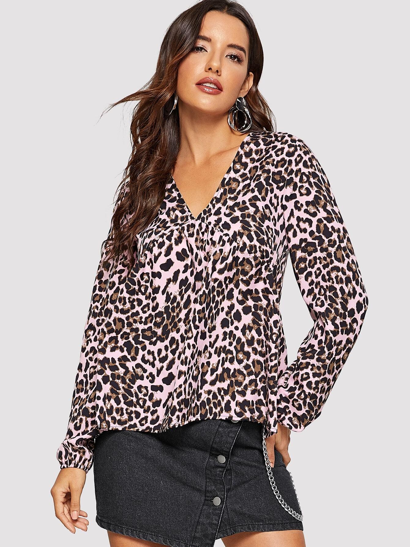Купить Леопардовый топ с v-образным вырезом и оригинальным рукавом, Juliana, SheIn