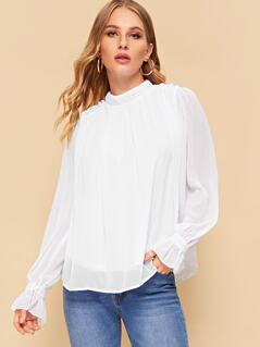 Frill Trim Pleated Keyhole Back Top
