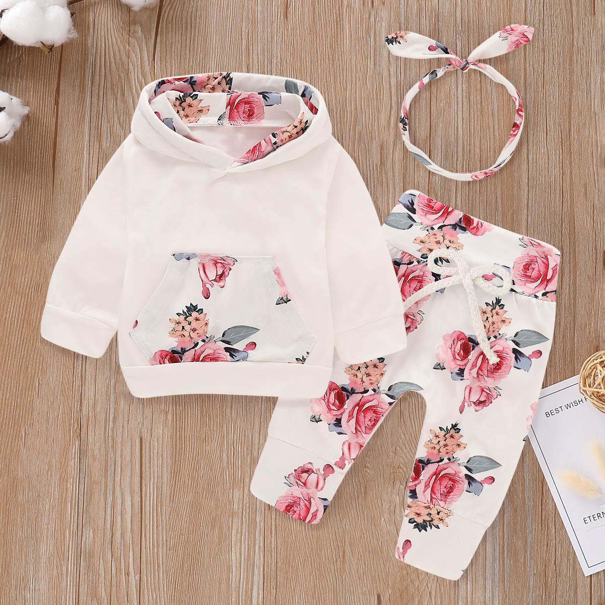 Толстовка с капюшоном и брюки с цветочным принтом и повязка на голову для маленьких девочек от SHEIN