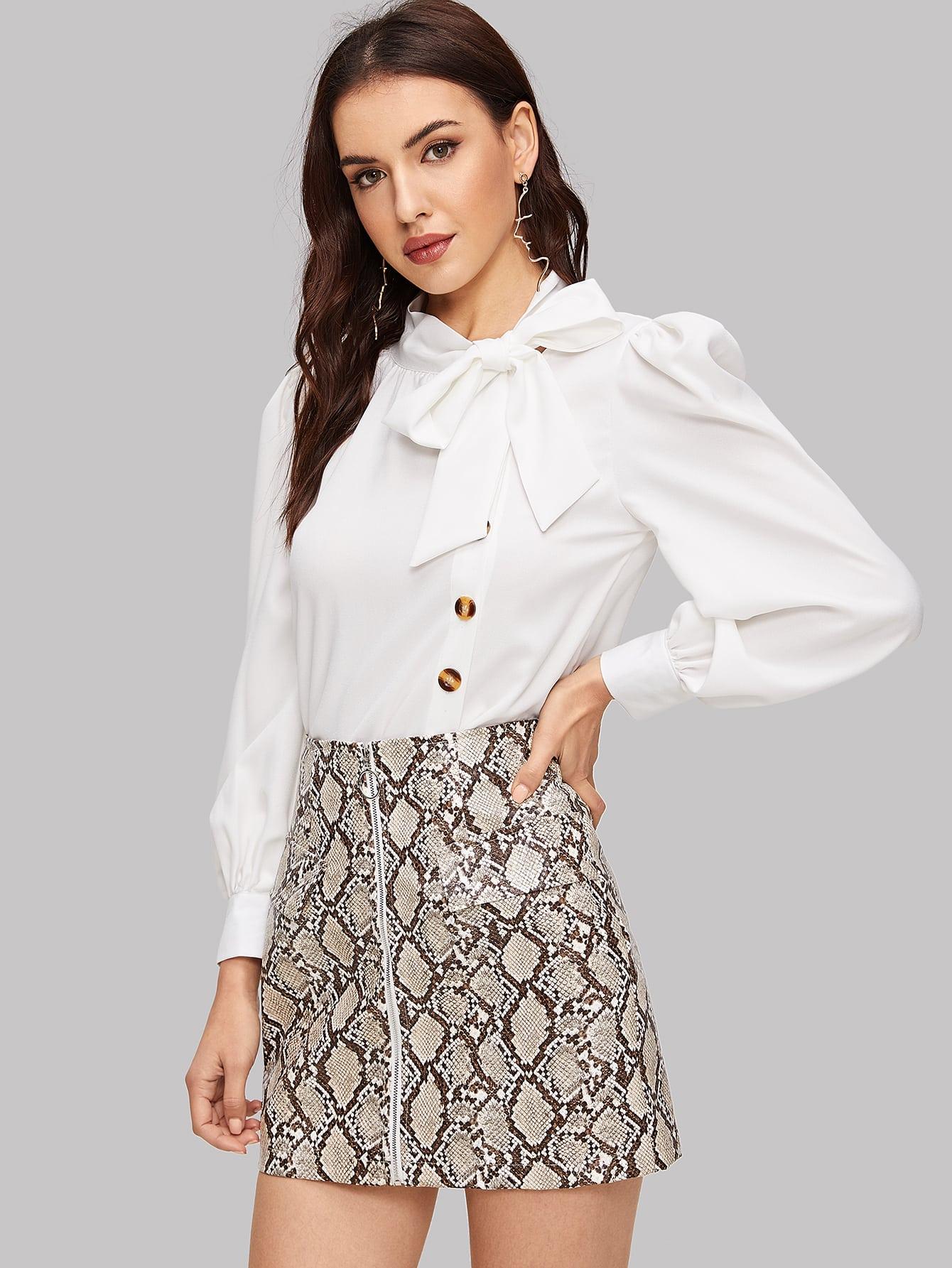 Купить Однобортная блуза с завязкой на шее и оригинальным рукавом, Lryna, SheIn