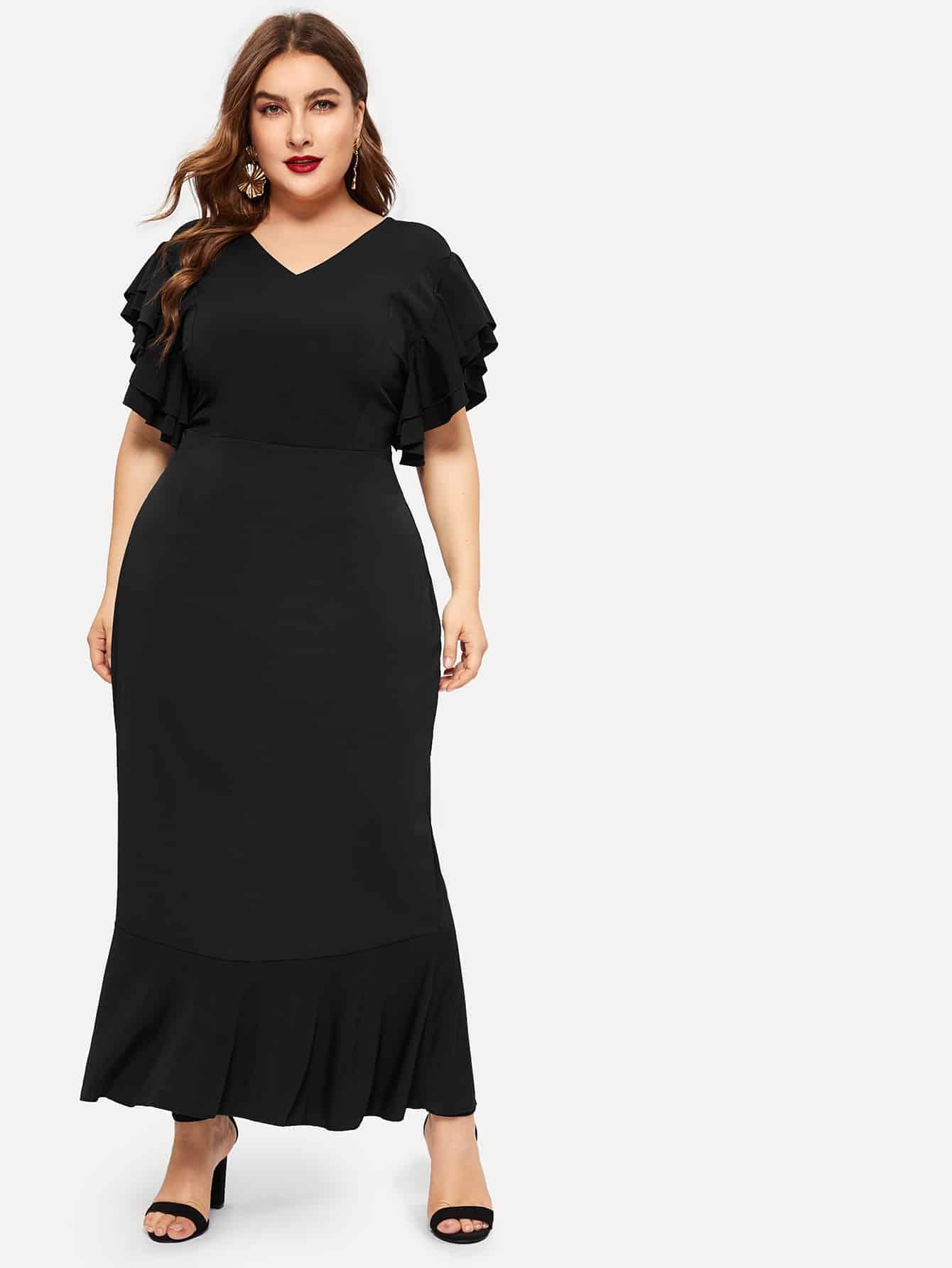 Размера плюс платье с оборками и открытой спиной