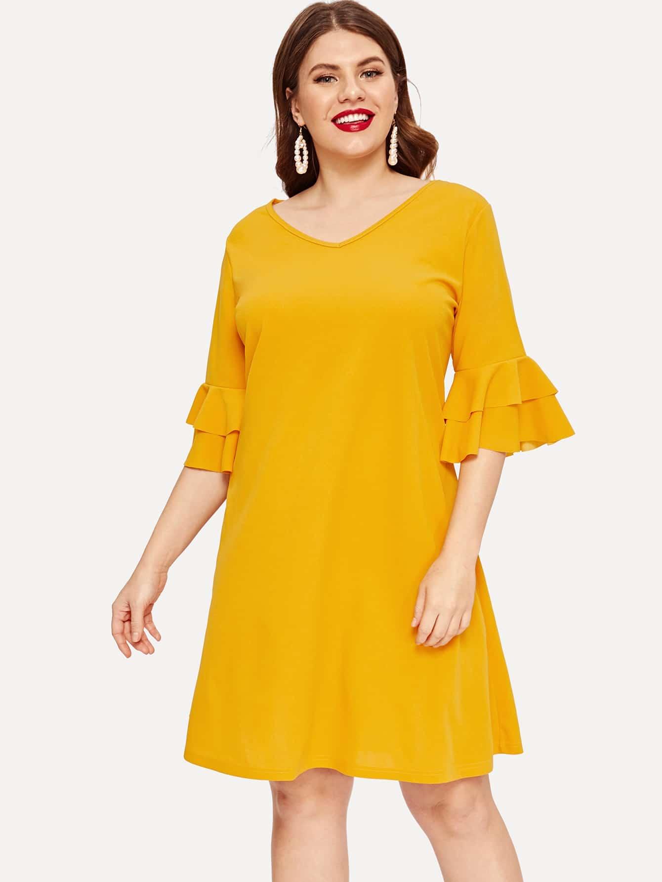 Размер плюс платье с оригинальным рукавом и складкой