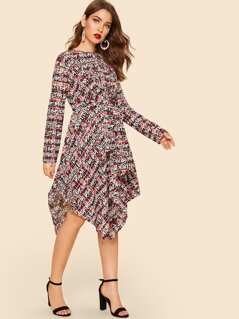 Hanky Hem Letter Print Knotted Dress