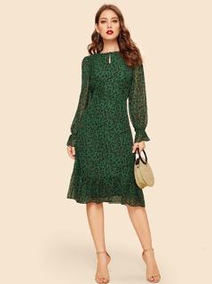 60s Keyhole Neck Flounce Sleeve Leopard Dress