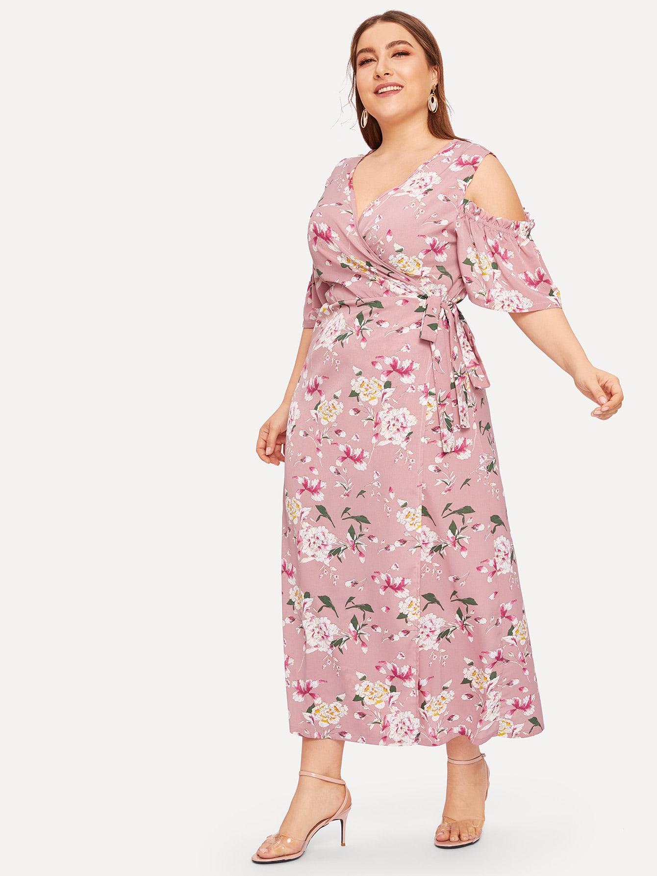 Размера плюс платье с бантом и цветочным принтом