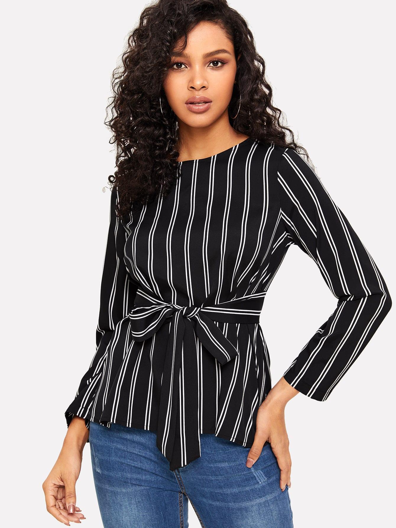 Купить Асимметричная полосатая блуза с поясом, Gigi, SheIn