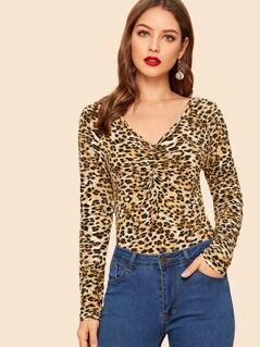 Ruched V-neck Leopard Tee