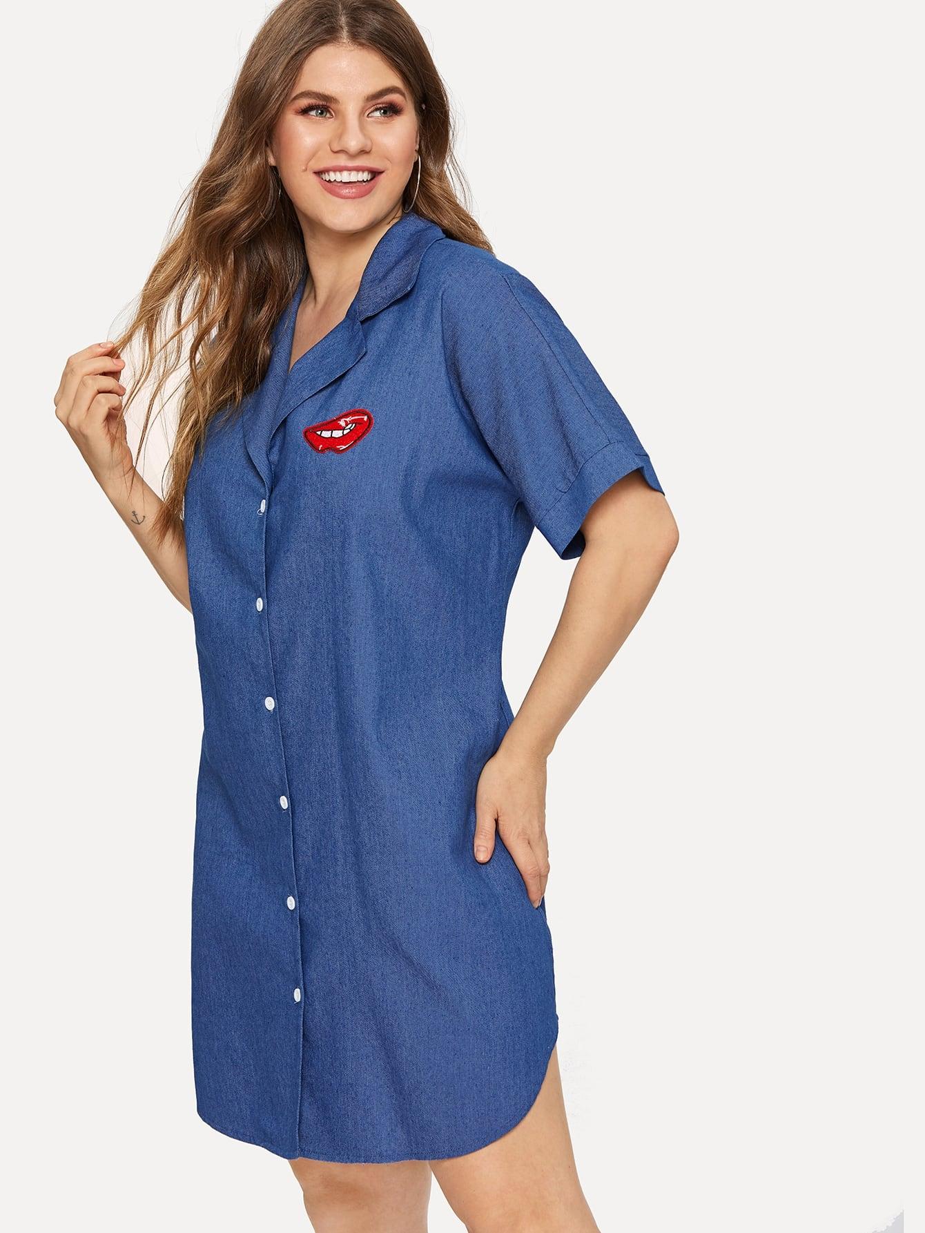 Купить Размера плюс однобортное джинсовое платье с заплатой губы, Isabela, SheIn