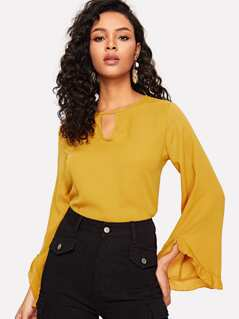 Cut Out Front Flounce Sleeve Top