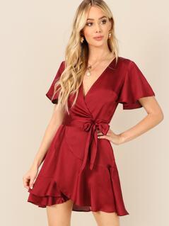 Bell Sleeve Belted V-neck Stain Dress