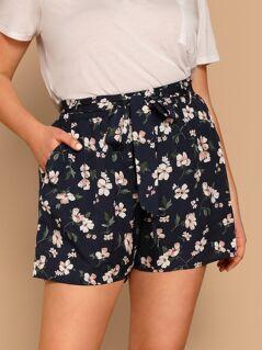 Plus Waist Belted Pocket Flower Print Shorts