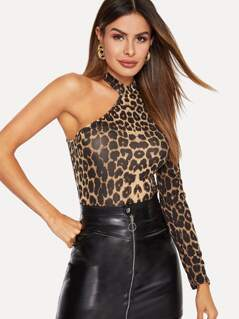 Asymmetrical Neck Fitted Leopard Tee