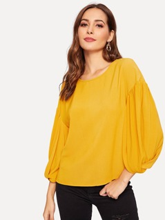 Keyhole Back Drop Shoulder Bishop Sleeve Top