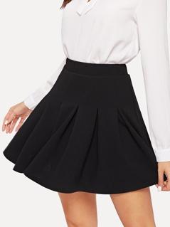 Elastic Waist Boxed Pleated Skirt
