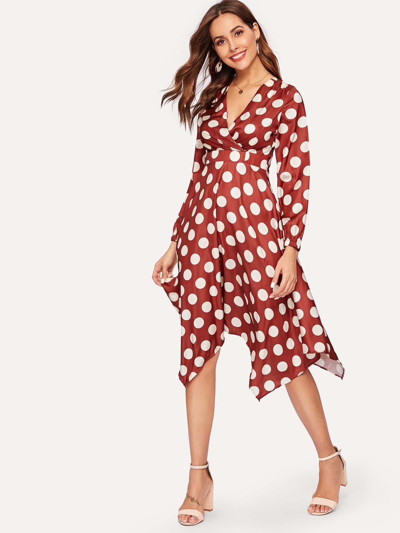 Асимметричное платье в горошек SheIn