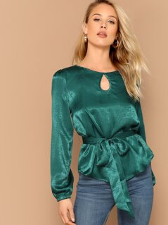 Keyhole Front Belted Top
