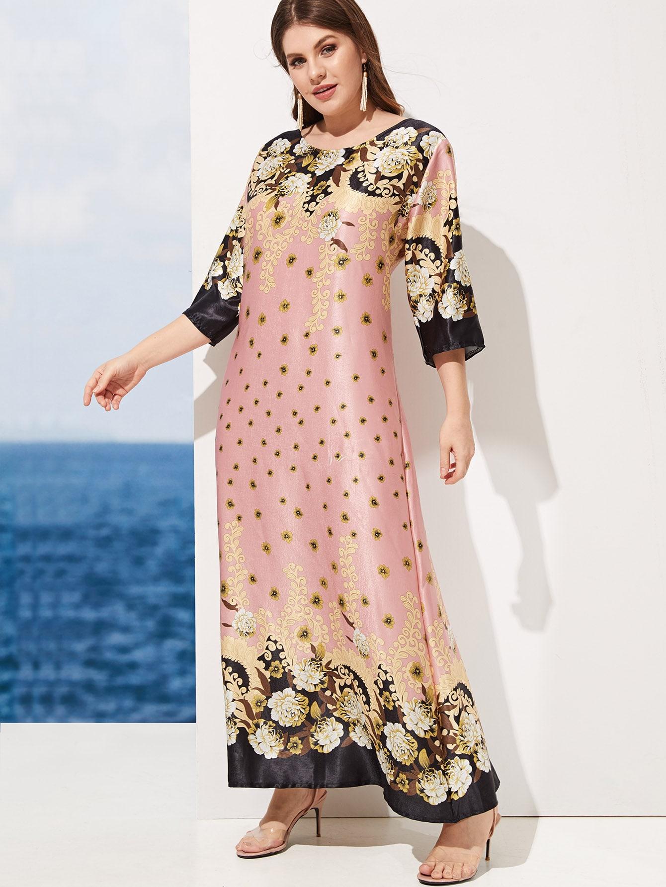 Размера плюс платье с цветочным принтом