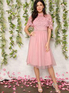 Guipure Lace Overlay Mesh Hem Prom Dress