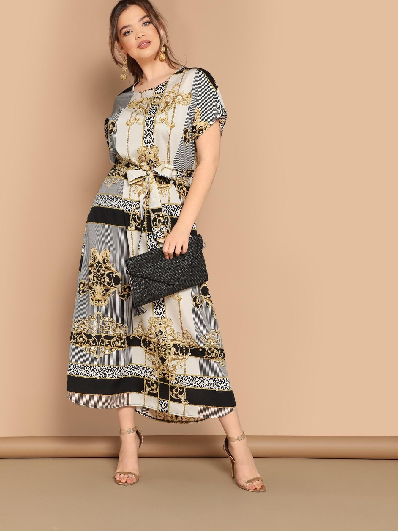 Размер плюс платье с модным принтом и поясом