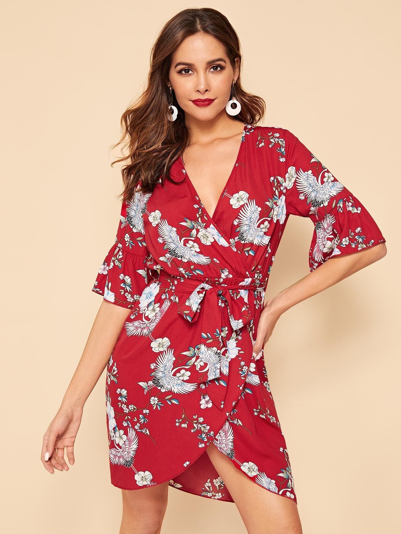 Купить Цветочное платье с глубоким вырезом и поясом, Giulia, SheIn