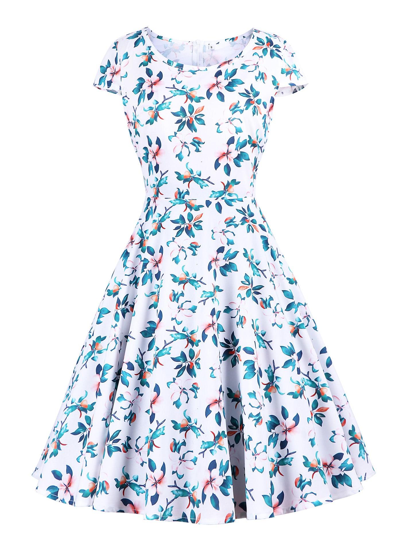 Платье  Белые цвета