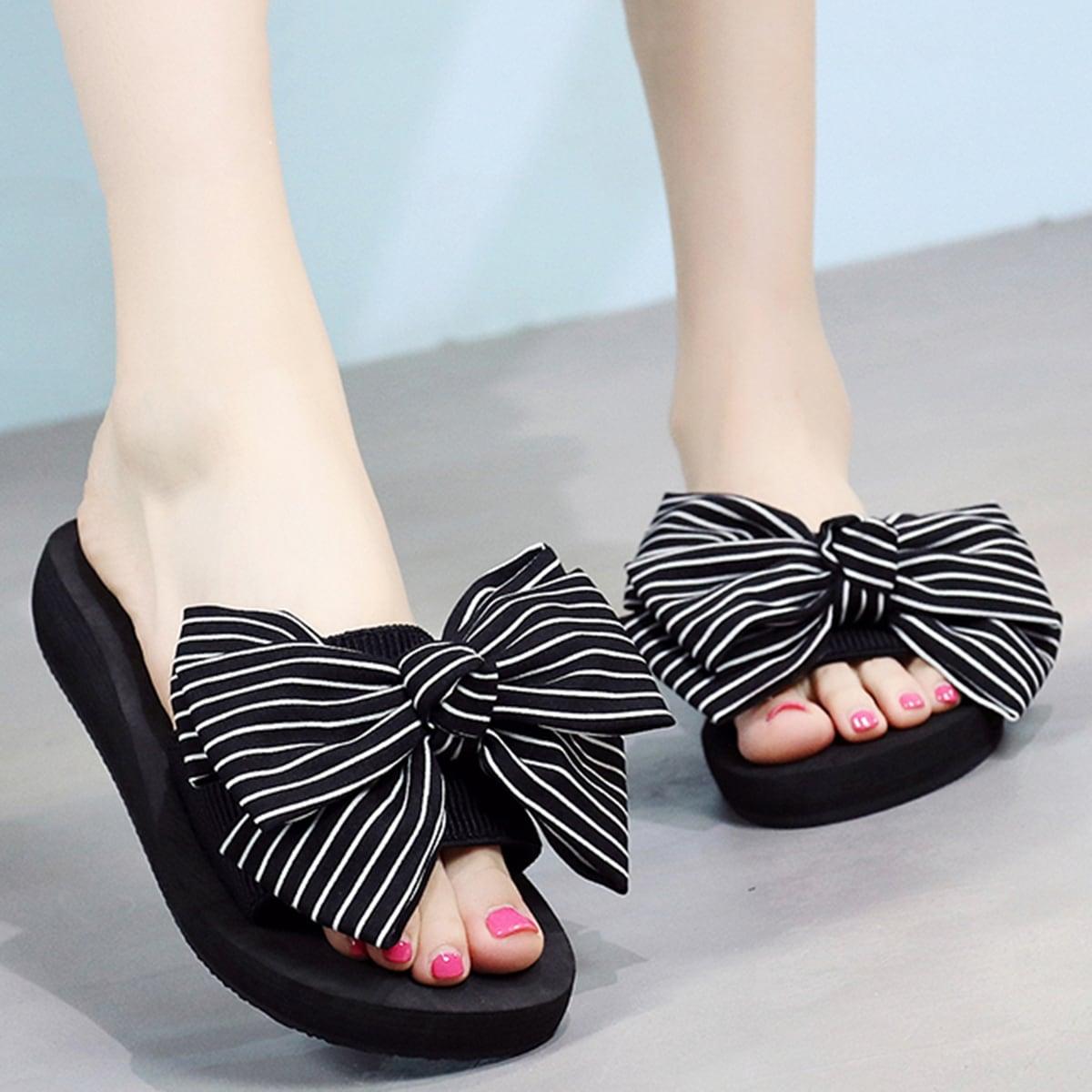 Тапочки с открытым носком и полосатым узлом от SHEIN