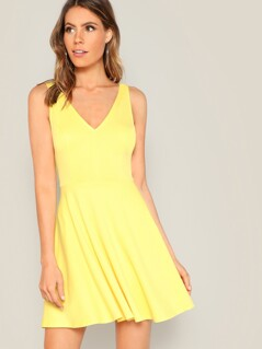 Double V-neck Pleated Solid Dress