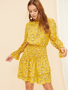 Flounce Detail Bell Cuff Smocked Floral Dress