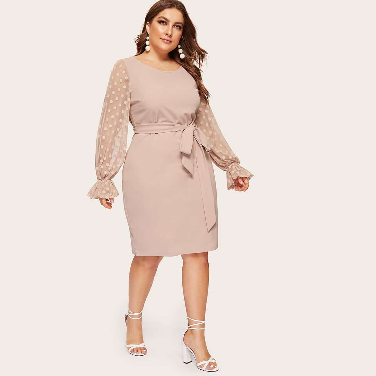 Нарядное Платье С Прозрачными Рукавами И Цветочной Аппликацией Размер Плюс