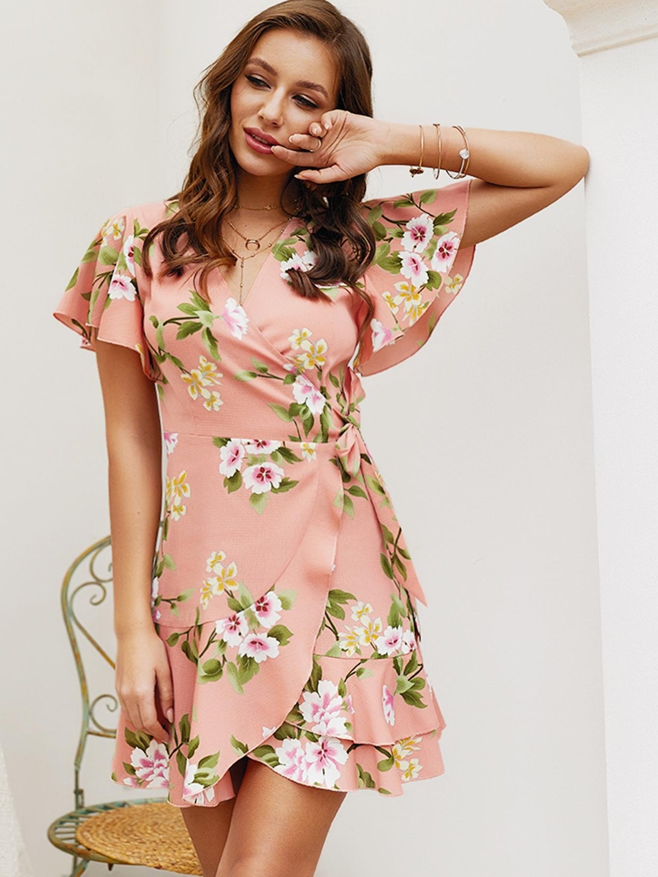 Платье  Розовые цвета