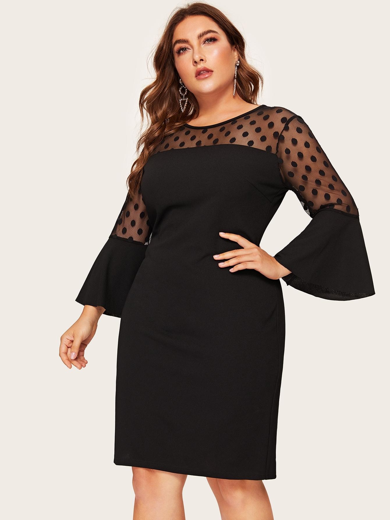 Размер плюс платье в горошек с оригинальным рукавом