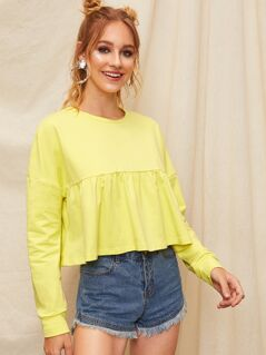 Solid Drop Shoulder Ruffle Hem Crop Sweatshirt