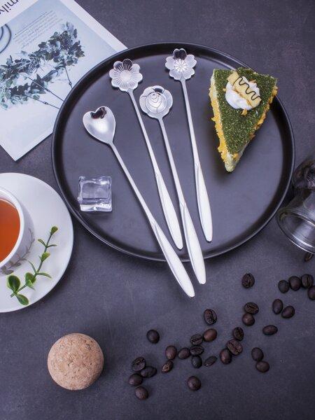 Flower Design Spoon 4pcs