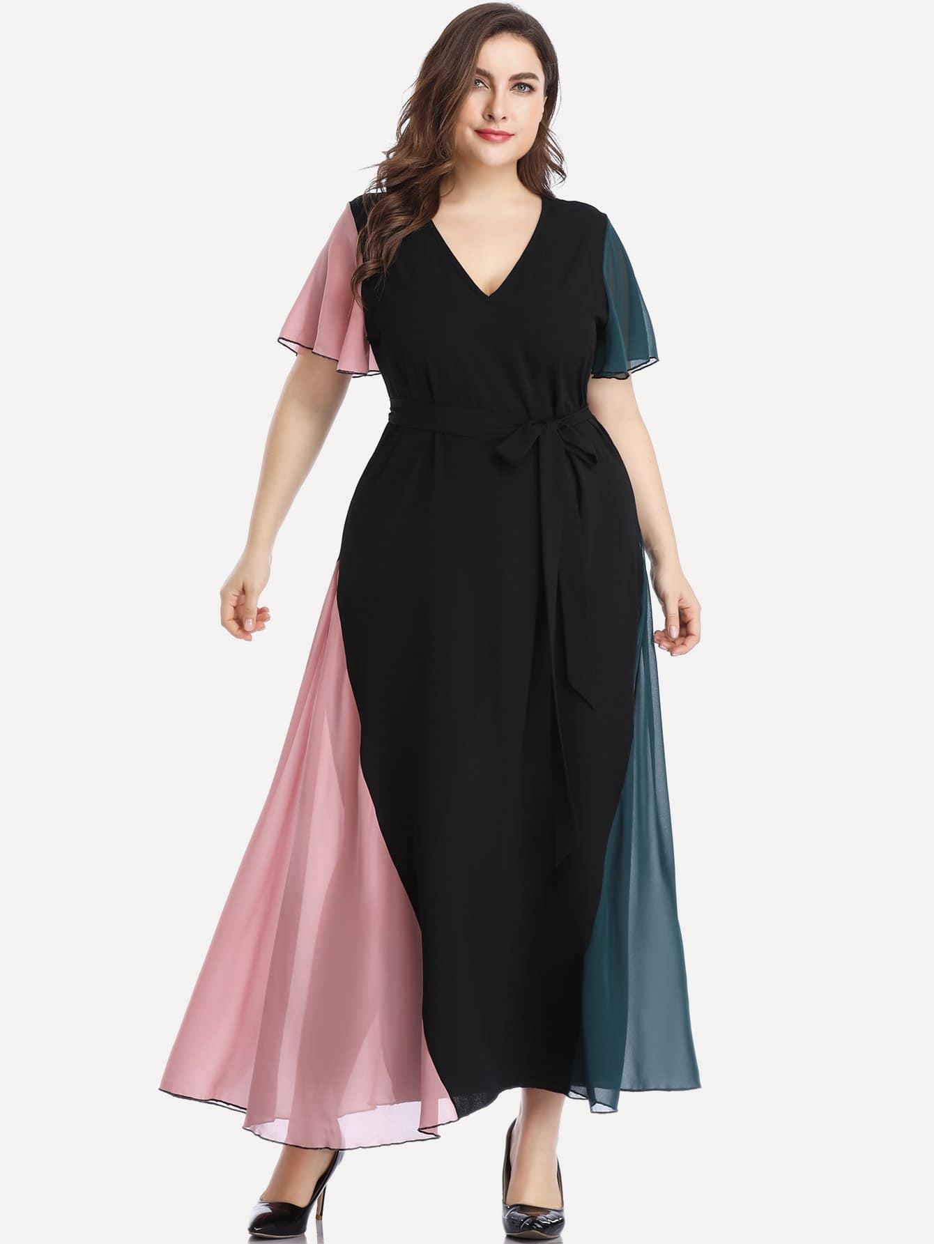Размер плюс контрастное длинное платье с v-образным вырезом и поясом
