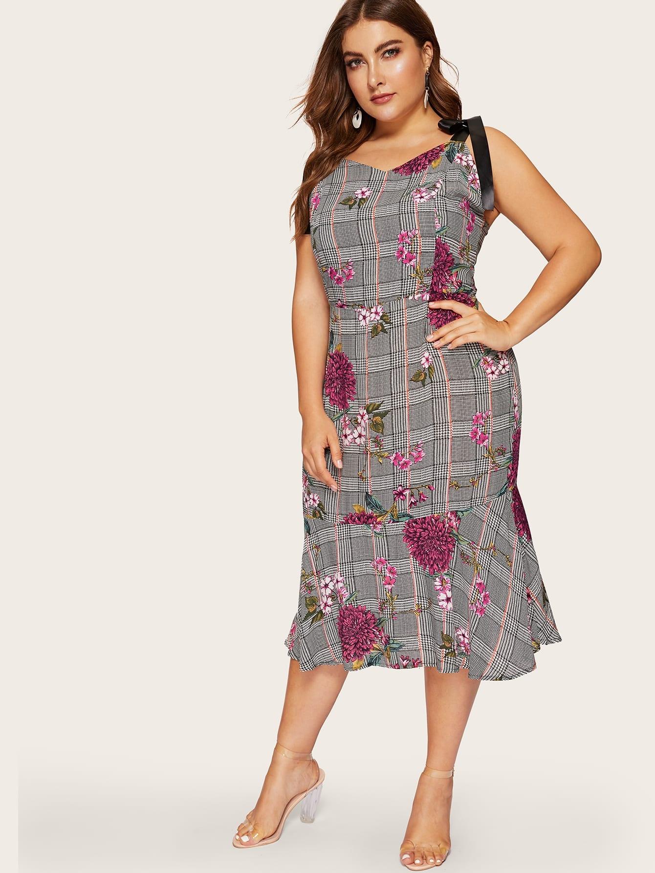 Фото - Размер плюс клетчатое платье на бретелях с оборками от SheIn цвет чёрные