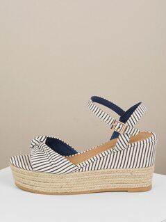 Bow Front Buckle Closure Jute Trim Wedge Sandals