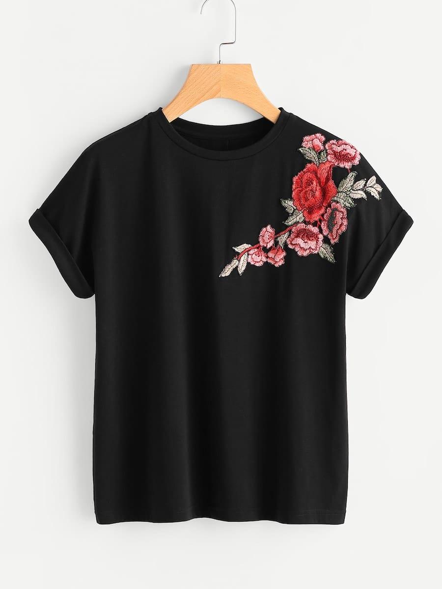 Фото - Размера плюс цветочная вышитая футболка от SheIn цвет чёрные