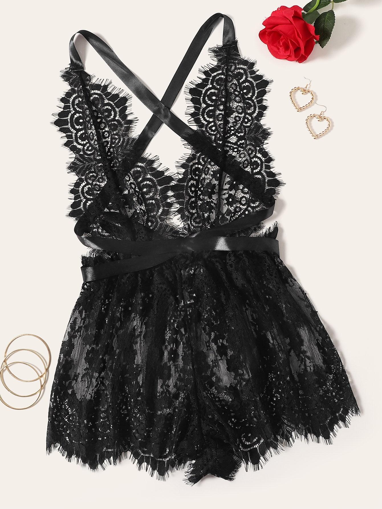 Фото - Цветочный кружевной комбинезон боди от SheIn черного цвета