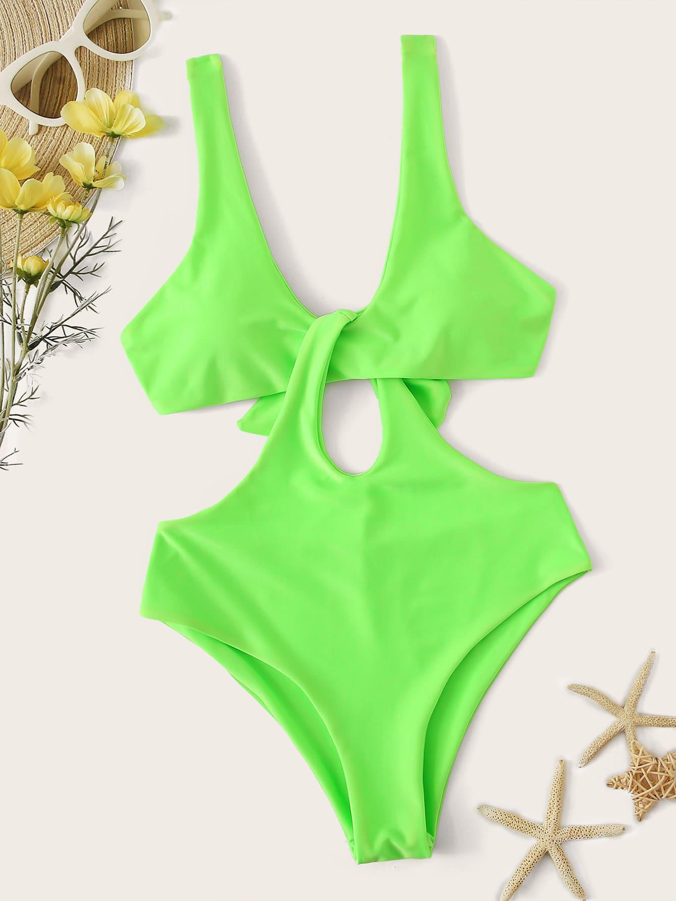 Фото - Слитный купальник с узлом на спине от SheIn зеленого цвета