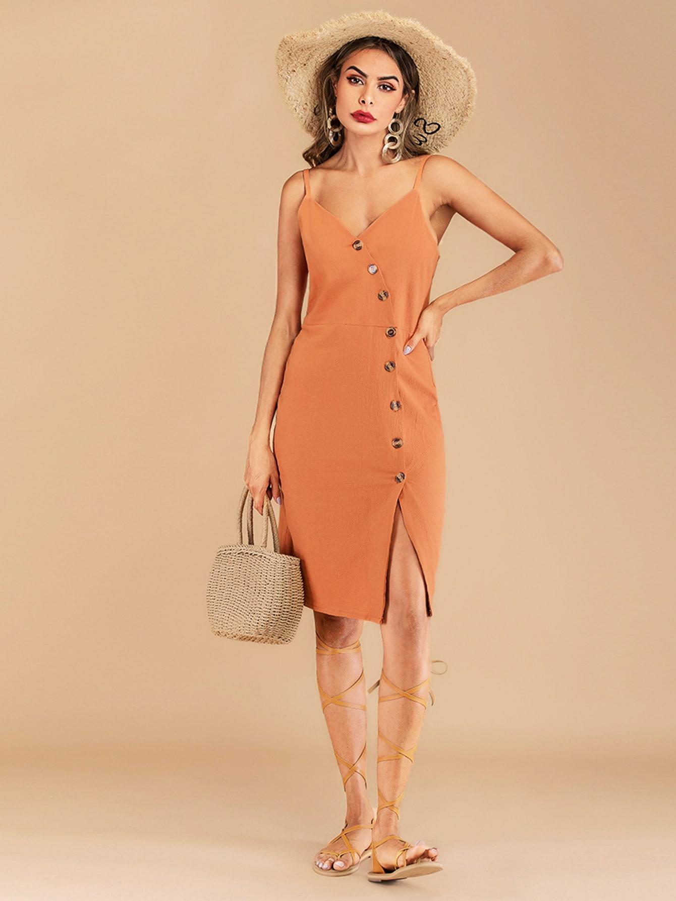 Фото - Платье на бретелях с пуговицами от SheIn цвет оранжевые