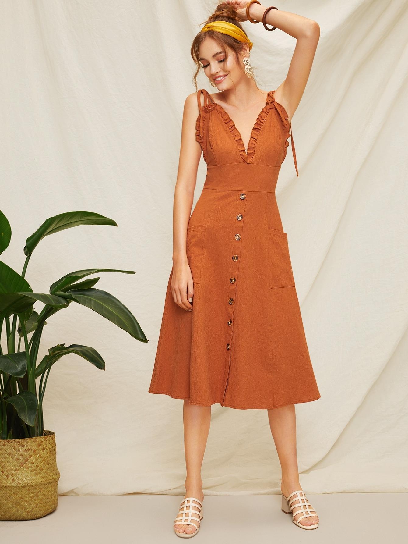 Фото - Платье на бретелях в оборкой и открытой спиной от SheIn цвет красные
