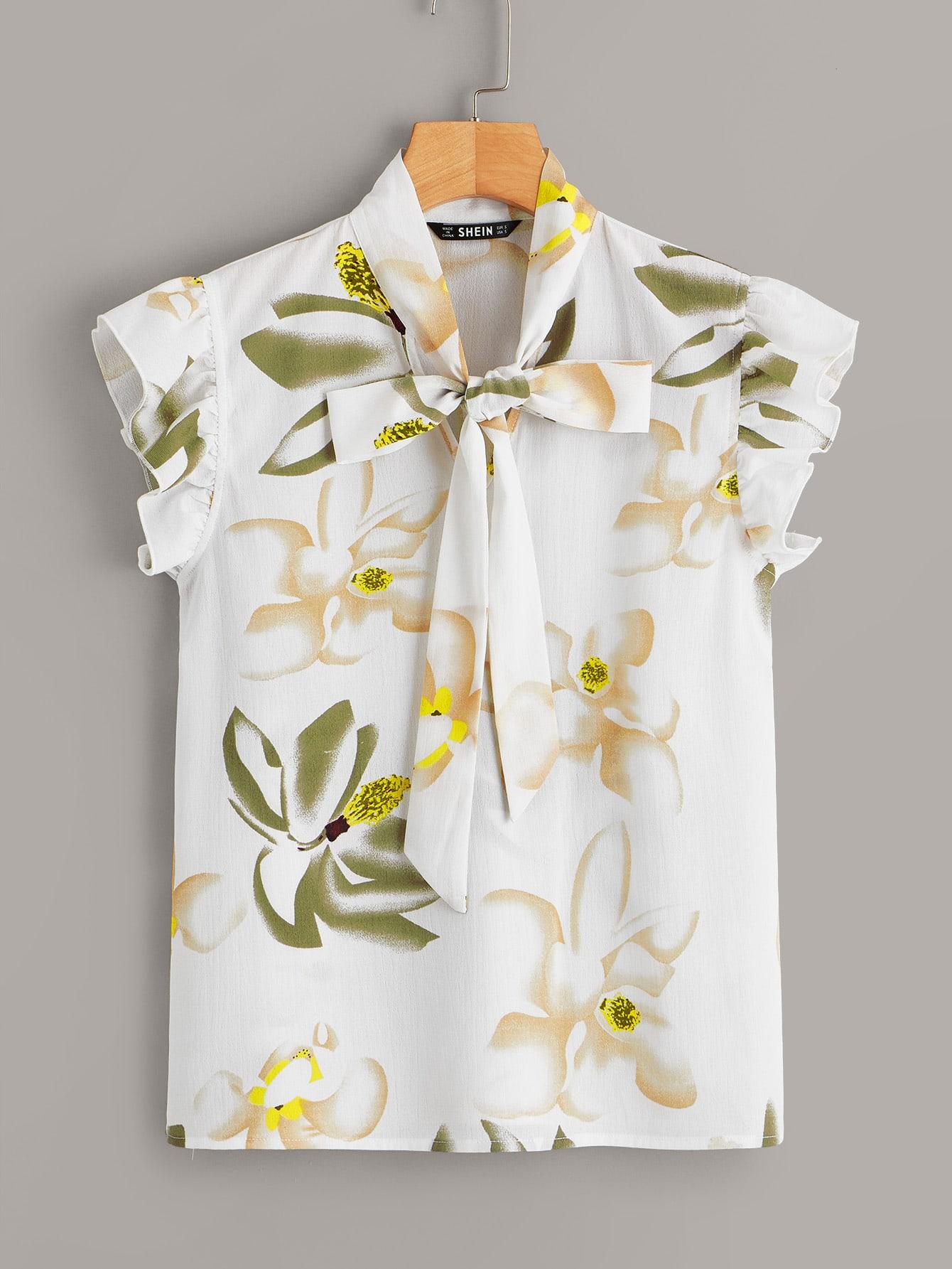 Фото - Цветочная блузка с оборкой и завязкой на шее от SheIn белого цвета