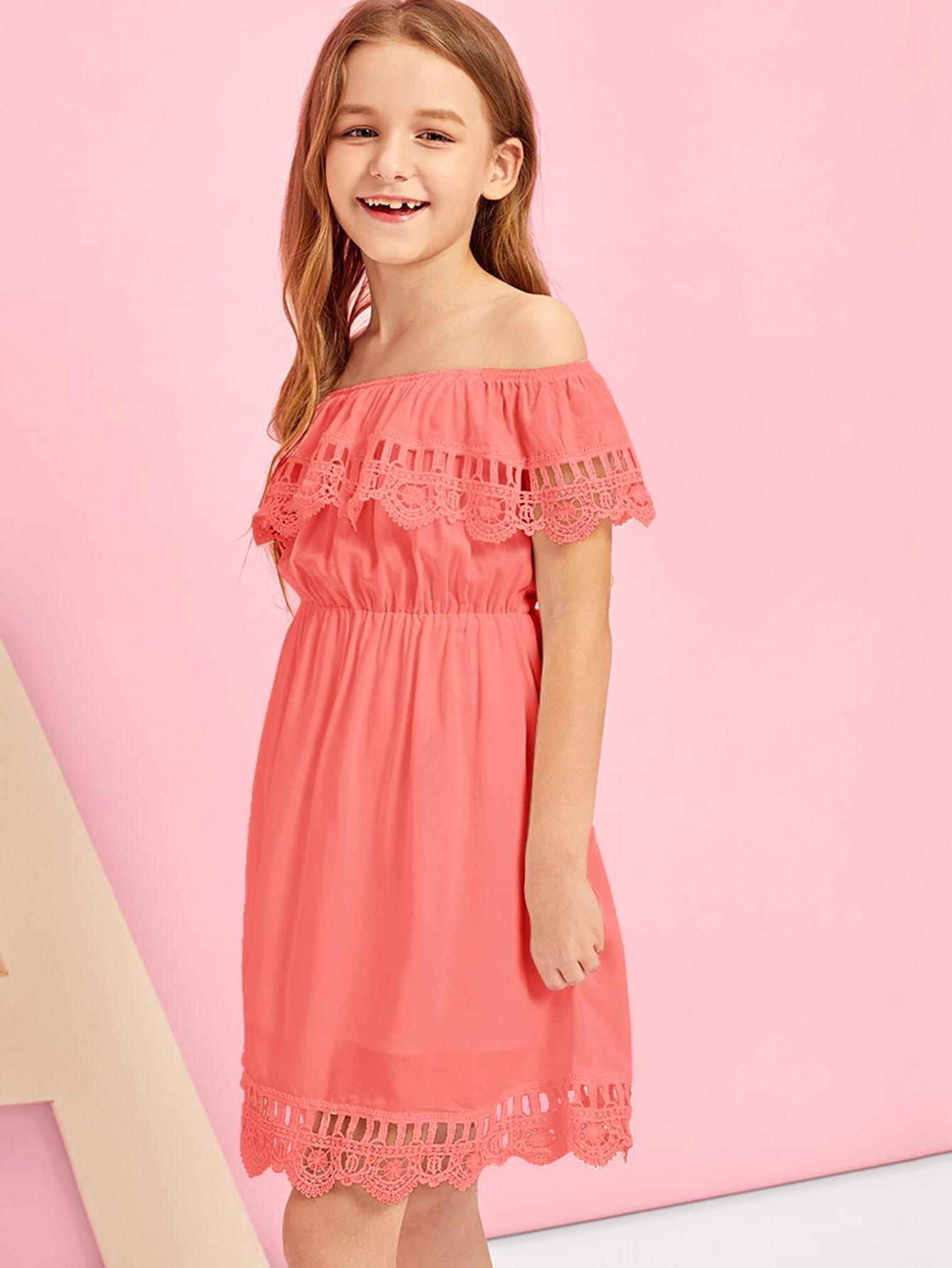 Фото - Платье с открытым плечом и кружевом для девочек от SheIn цвет красные
