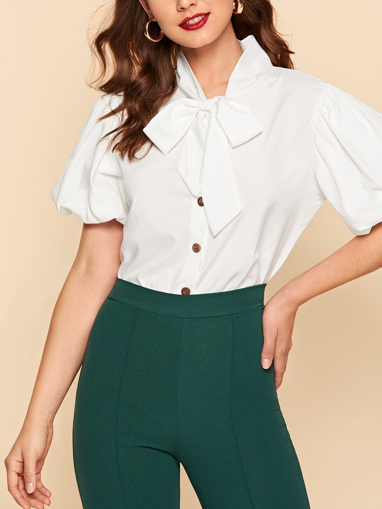 Купить Однотонная блуза с завязкой на шее и оригинальным рукавом, Debi Cruz, SheIn