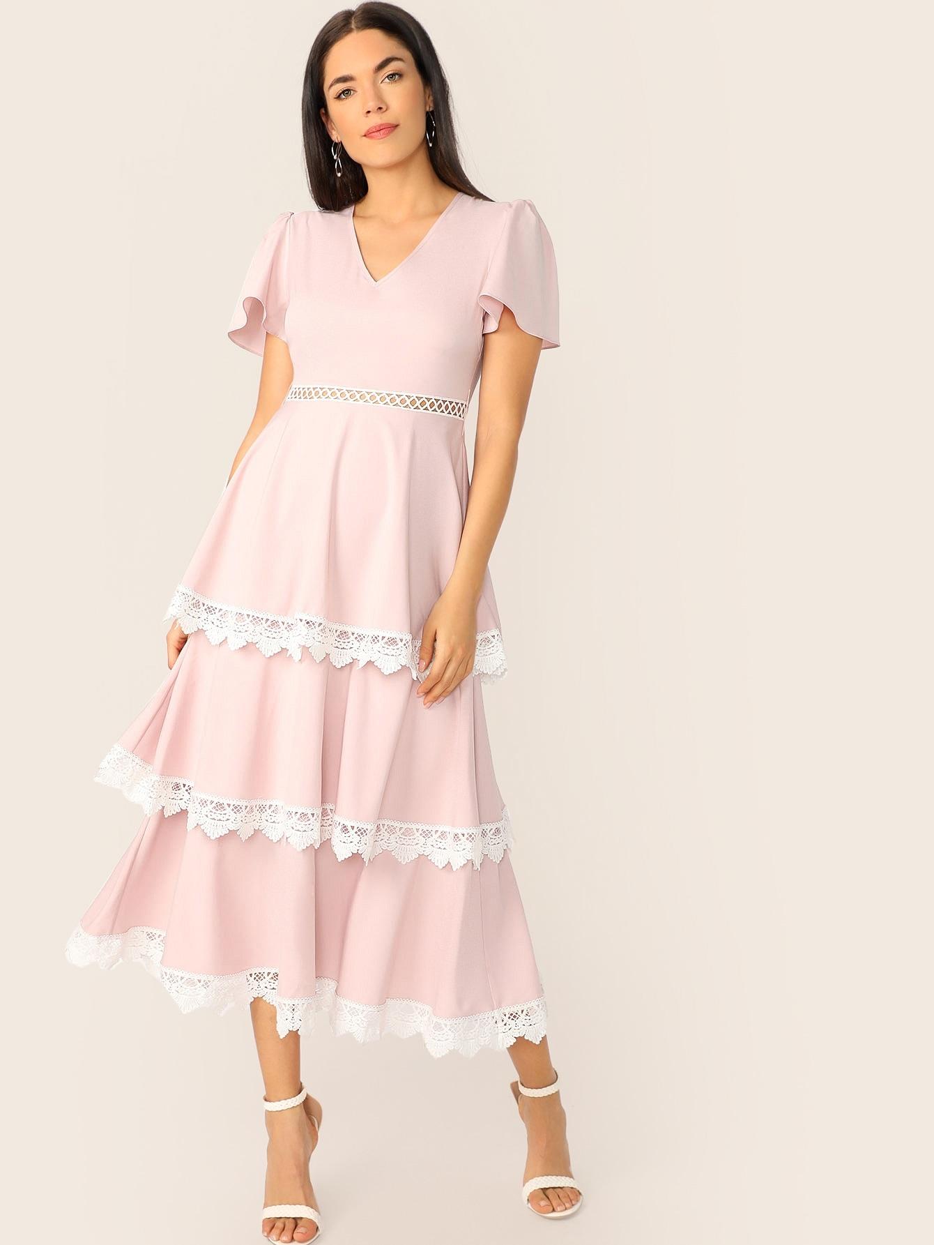 Фото - Платье с кружевной отделкой и многослойными оборками от SheIn цвет розовые