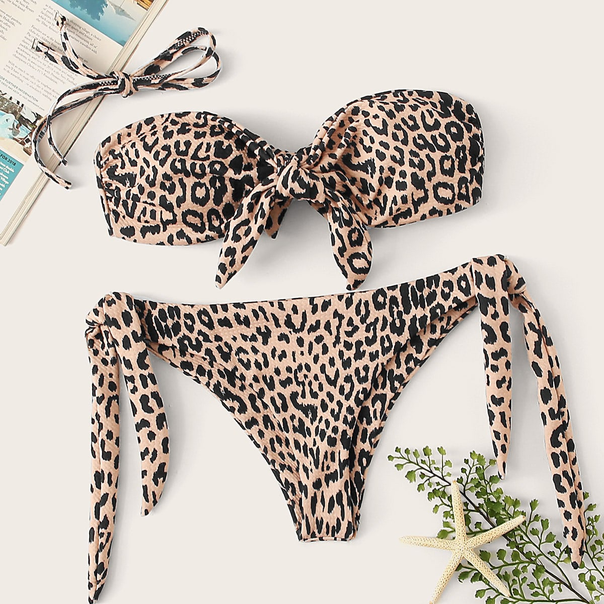Luipaardknoop bandeau met stropdas zijbikini